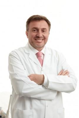 Dr Berk Angün